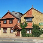 Oakwood Bed and Breakfast Heathrow
