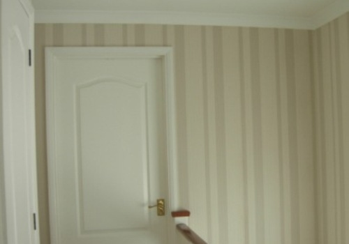 Classic wallpapering project
