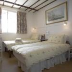 Oakwood Bed And Breakfast Heathrow