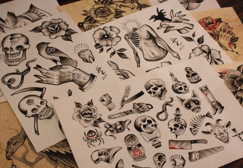 Custom flash designs by Hanna, ready to be tattooed!