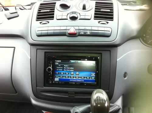 Kenwood Double Din Mercedes Vito