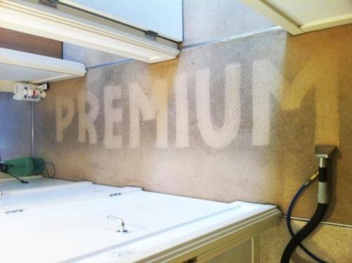 Premium 04