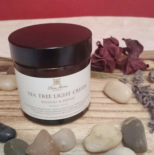 Tea Tree Light Cream-Purifies & Regenerates-With TeaTreeandLavender EO-60ml - 1.98 FL OZ