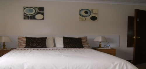 conifer lodge bed and breakfast double room