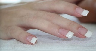 SCULPTURED ACRYLIC WHITE TIPS
