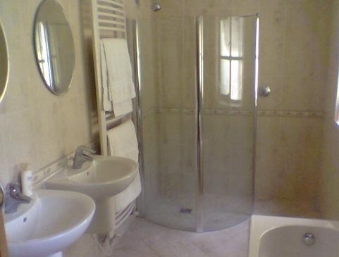 Wet room designed, supplied and installed by Lamont Plumbing Services