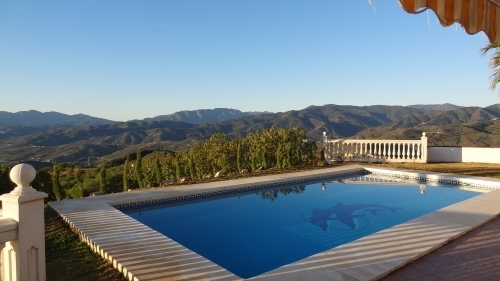 Spanish Villa private Pool with stunning Views. Alozaina Southern Spain