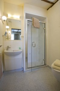 Oakwood B&B Heathrow. Superior Twin, En-suite