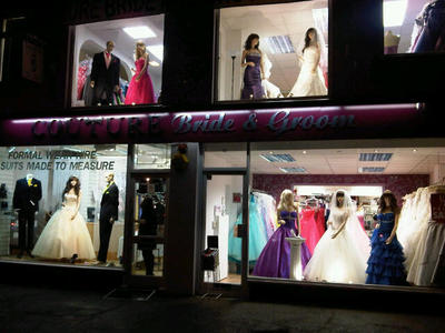 Wedding Dress Shops Essex on Groom In Hornchurch   Bridal Shops In Rm11 1ts   The Independent