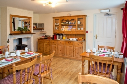 Places to Stay with Breakfast in Maidstone