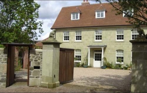 New Dwelling, Shaftesbury