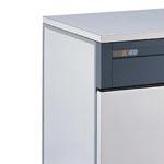 Whirpool Ice Machine Model.  K20, 24 kilo per 24 hours, bincapacit 10kg
