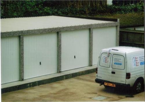 Garage block Croyden