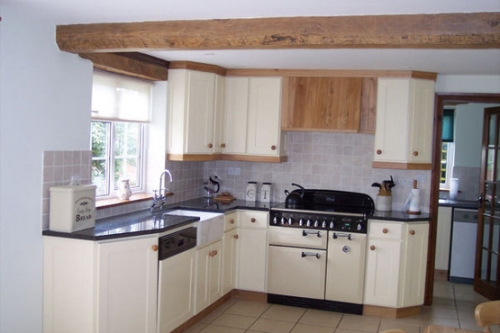 Springfield Quality Design Kitchen Planners And Installers In Tiverton