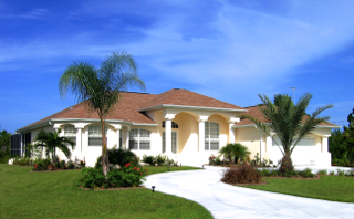 Luxury homes to rent or buy in South West Florida.