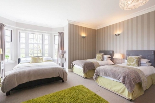 Bedroom Places To Stay Edinburgh