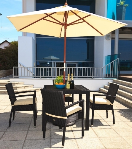 4-Seater-Stackable-Bistro-Set-and-Parasol-Purelifestylewonders