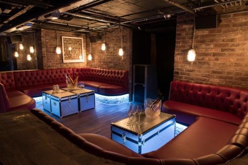 The Drury Club Booths 1200x800