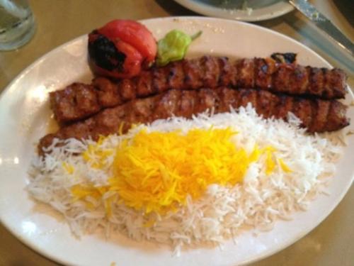 Chelow Kebab-E Koobideh