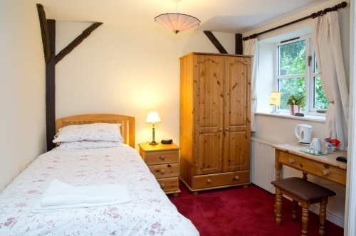 Single Room - B&B in ME14, Maidstone