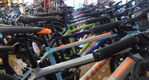 Bigpeaks Bike Shop And Watersports Store Ashburton Devon Uk 3