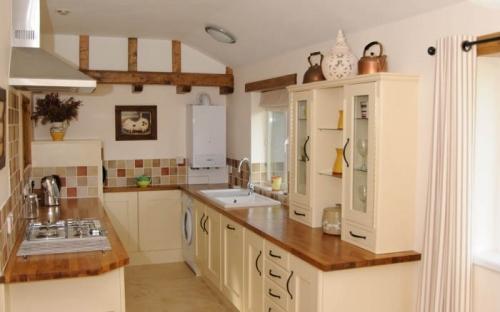 Gallery1 Kitchen